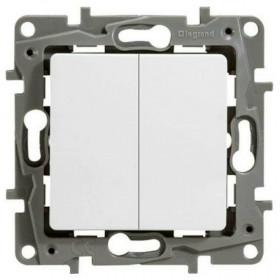 672212 Выключатель-переключатель двухклавишный с 2-х мест Legrand Etika Белый