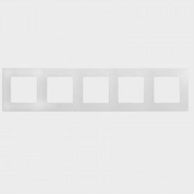 672505 Рамка 5 постов Legrand Etika Белый