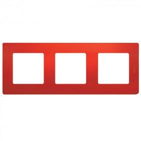 672533 Рамка 3 поста Legrand Etika Красный