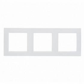 Рамка 3-ая Simon 15 Белый 1500630-030 IP20