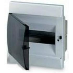 1SL0510A00 Бокс встраеваемый 8 модулей(Unibox) с дымчатой дверью IP41 без клемм