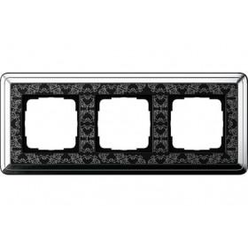 Рамка 3-ая Gira ClassiX Art Хром/Черный 213682 IP20