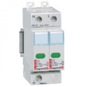 03921 Legrand Устройстро защиты от импульсных перенапряжений(УЗИП) Тип 2, 2Р Imax 70кА 400В