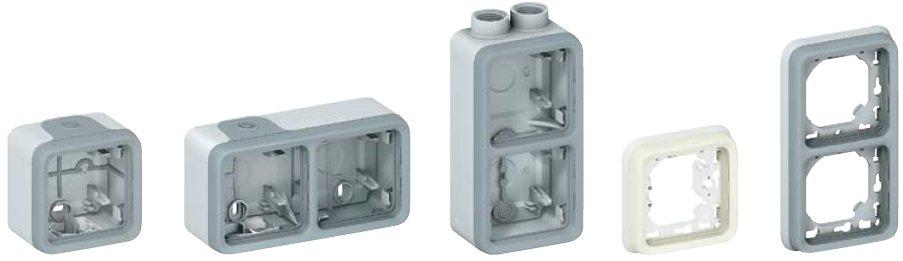 коробки и рамки Plexo IP55